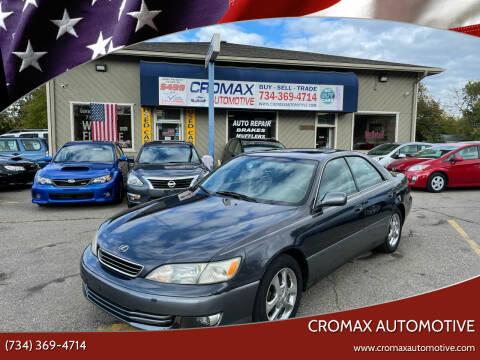 2000 Lexus ES 300 for sale at Cromax Automotive in Ann Arbor MI