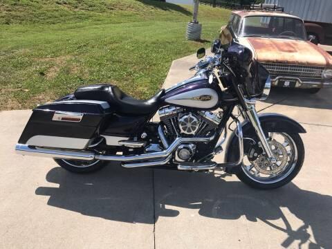 2009 Harley-Davidson FLHX for sale at HIGHWAY 12 MOTORSPORTS in Nashville TN