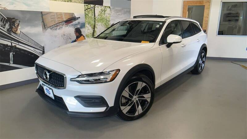 2020 Volvo V60 Cross Country for sale in Summit, NJ