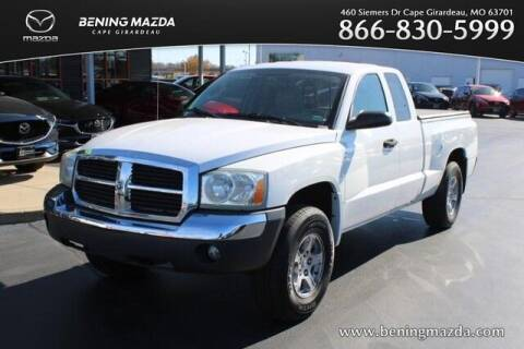 2005 Dodge Dakota for sale at Bening Mazda in Cape Girardeau MO