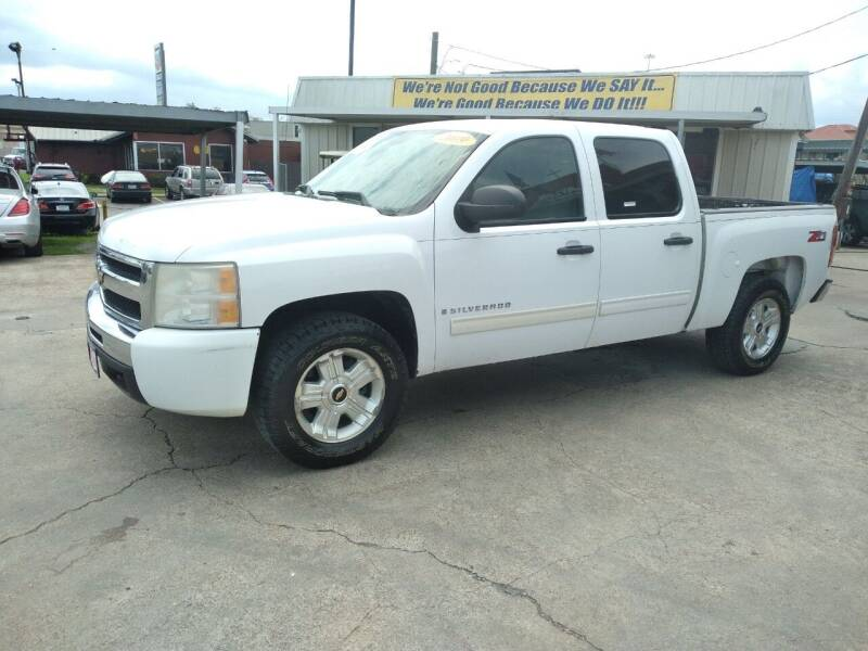2009 Chevrolet Silverado 1500 for sale at Taylor Trading Co in Beaumont TX