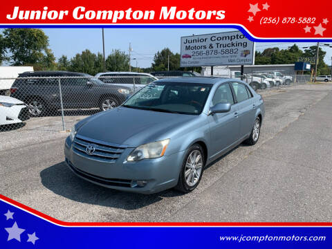 2005 Toyota Avalon for sale at Junior Compton Motors in Albertville AL