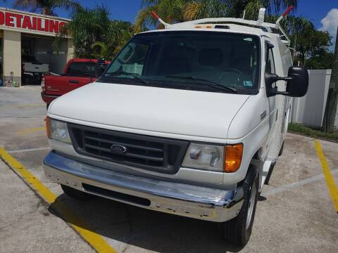 2006 Ford E-Series Chassis for sale at Autos by Tom in Largo FL