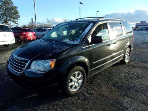 2010 Chrysler Town and Country for sale at DAVE KNAPP USED CARS in Lapeer MI