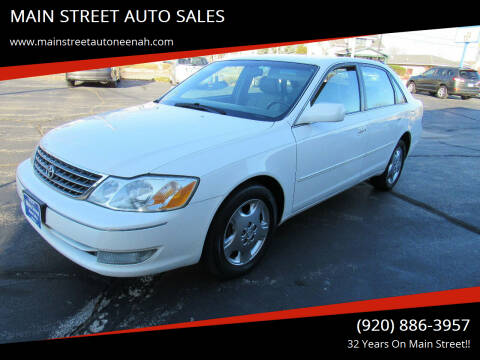2004 Toyota Avalon for sale at MAIN STREET AUTO SALES in Neenah WI