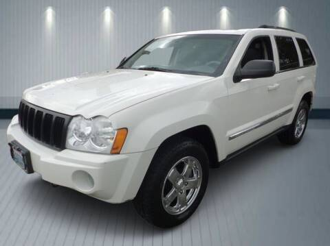 2005 Jeep Grand Cherokee for sale at Klean Carz in Seattle WA