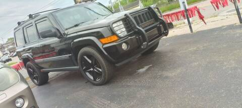 2010 Jeep Commander for sale at Double Take Auto Sales LLC in Dayton OH