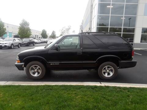 2000 Chevrolet Blazer for sale at M & M Auto Brokers in Chantilly VA