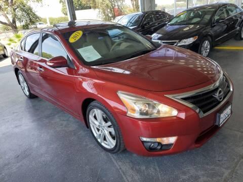 2013 Nissan Altima for sale at Sac River Auto in Davis CA