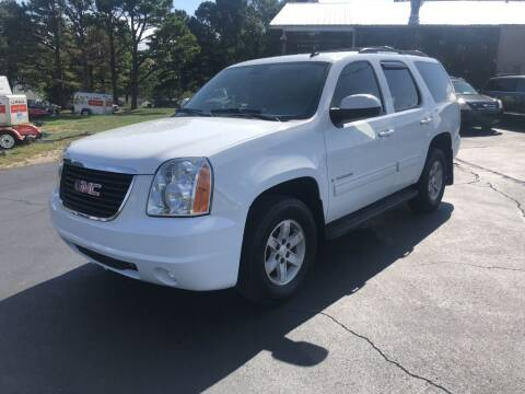2009 GMC Yukon for sale at EAGLE ROCK AUTO SALES in Eagle Rock MO