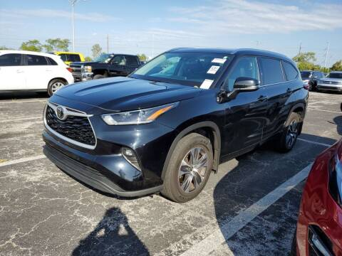 2021 Toyota Highlander for sale at CarGeek in Tampa FL