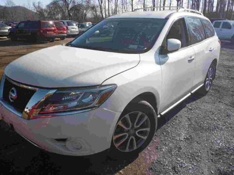 2015 Nissan Pathfinder for sale at Tim Short Chrysler in Morehead KY
