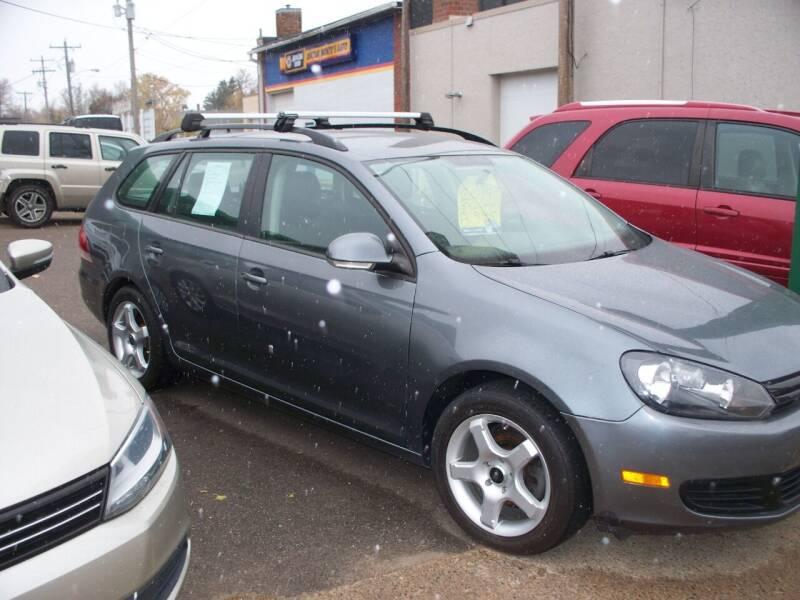 2014 Volkswagen Jetta for sale at North Metro Auto Sales in Cambridge MN
