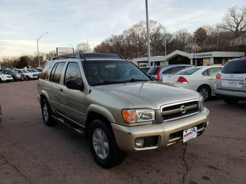 2002 Nissan Pathfinder for sale at Gordon Auto Sales LLC in Sioux City IA