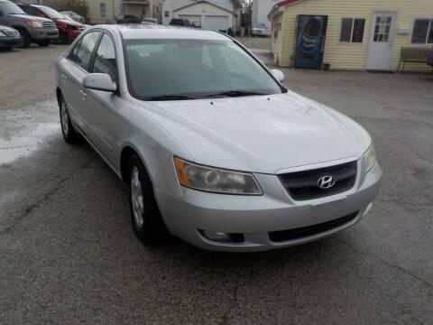 2006 Hyundai Sonata for sale at SEBASTIAN AUTO SALES INC. in Terre Haute IN