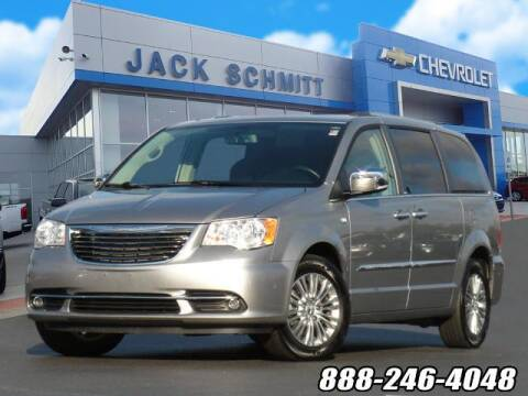 2014 Chrysler Town and Country for sale at Jack Schmitt Chevrolet Wood River in Wood River IL