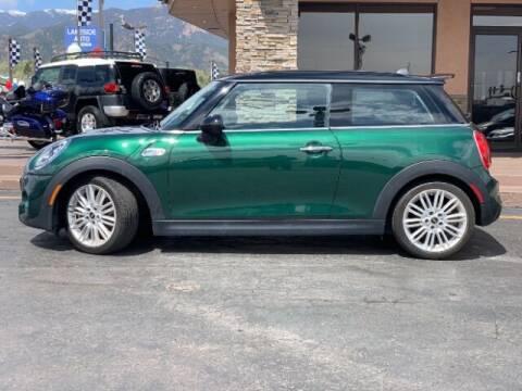 2017 MINI Hardtop 2 Door for sale at Lakeside Auto Brokers in Colorado Springs CO