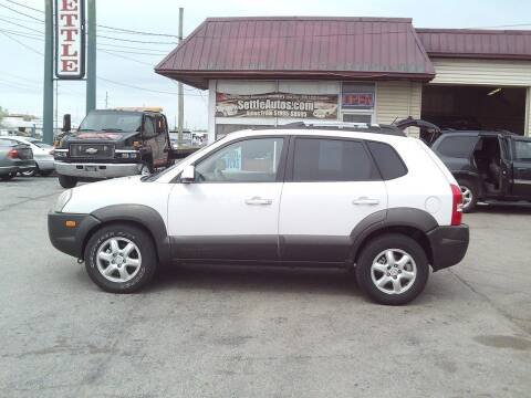 2005 Hyundai Tucson for sale at Settle Auto Sales STATE RD. in Fort Wayne IN