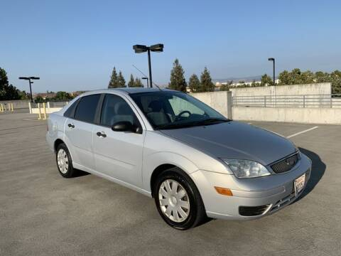 2005 Ford Focus for sale at PREMIER AUTO GROUP in Santa Clara CA