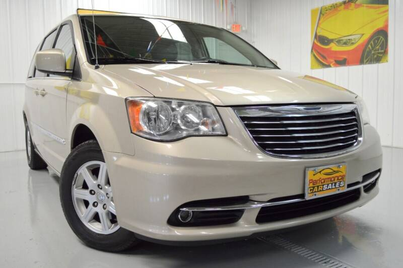 2013 Chrysler Town and Country for sale at Performance car sales in Joliet IL