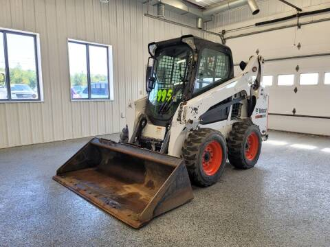 2014 Bobcat S590 for sale at Sand's Auto Sales in Cambridge MN