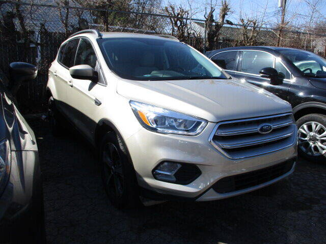 2018 Ford Escape for sale at SOUTHFIELD QUALITY CARS in Detroit MI