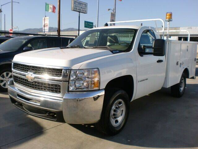 2007 Chevrolet Silverado 2500HD for sale at Williams Auto Mart Inc in Pacoima CA