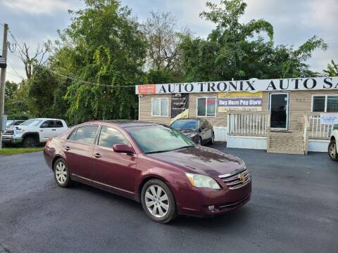 2005 Toyota Avalon for sale at Auto Tronix in Lexington KY