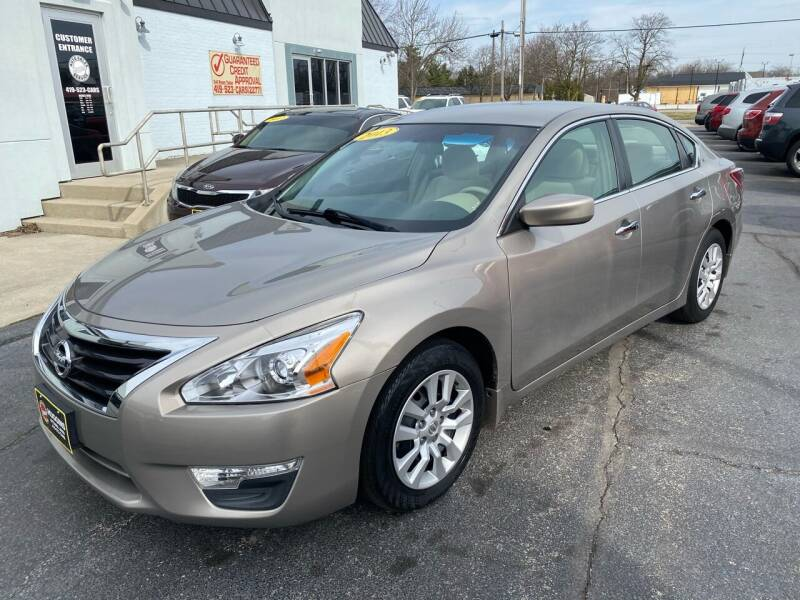 2013 Nissan Altima for sale at Huggins Auto Sales in Ottawa OH