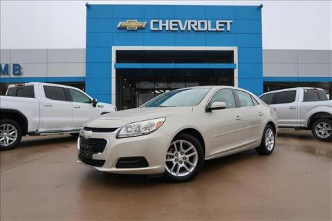 2014 Chevrolet Malibu for sale at Lipscomb Auto Center in Bowie TX