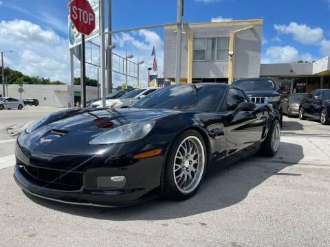 2007 Chevrolet Corvette for sale at Global Auto Sales USA in Miami FL