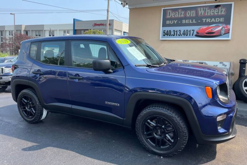 2019 Jeep Renegade for sale at DEALZ ON WHEELZ in Winchester VA