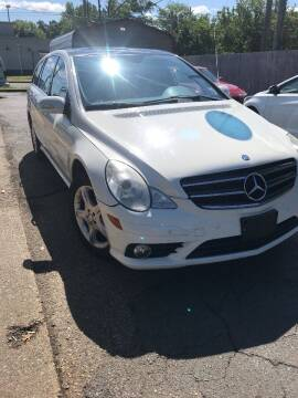 2009 Mercedes-Benz R-Class for sale at City to City Auto Sales in Richmond VA