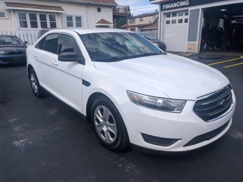 2016 Ford Taurus for sale at CLASSIC MOTOR CARS in West Allis WI