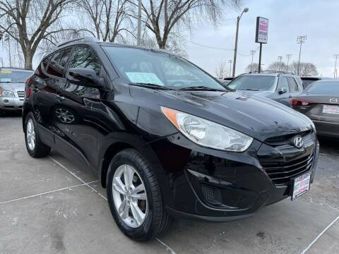 2011 Hyundai Tucson for sale at Direct Auto Sales in Milwaukee WI