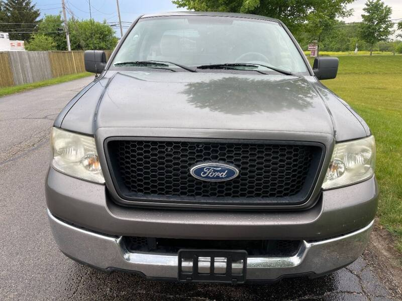 2004 Ford F-150 for sale at Luxury Cars Xchange in Lockport IL