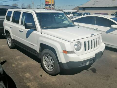 2014 Jeep Patriot for sale at KRIS RADIO QUALITY KARS INC in Mansfield OH