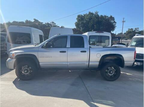 2006 Dodge Ram Pickup 3500 for sale at Dealers Choice Inc in Farmersville CA