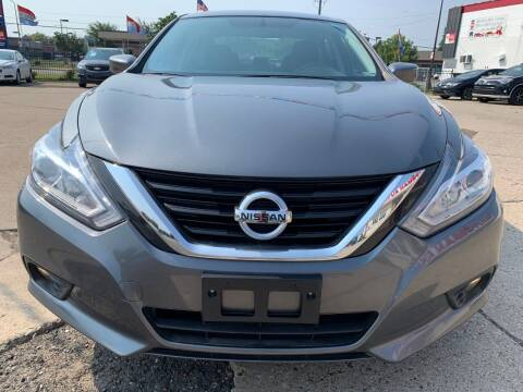 2018 Nissan Altima for sale at Minuteman Auto Sales in Saint Paul MN