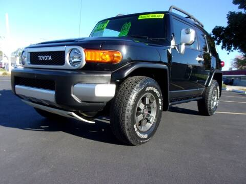 2007 Toyota FJ Cruiser for sale at Ideal Auto Sales, Inc. in Waukesha WI