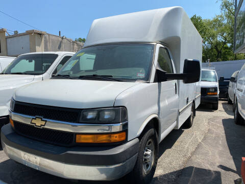 2015 Chevrolet Express Cutaway for sale at Maple Street Auto Center in Marlborough MA