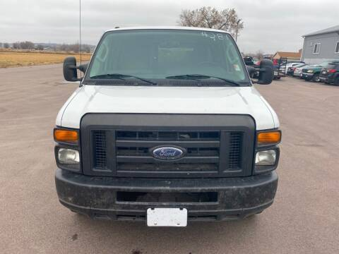 2012 Ford E-Series Cargo for sale at De Anda Auto Sales in South Sioux City NE