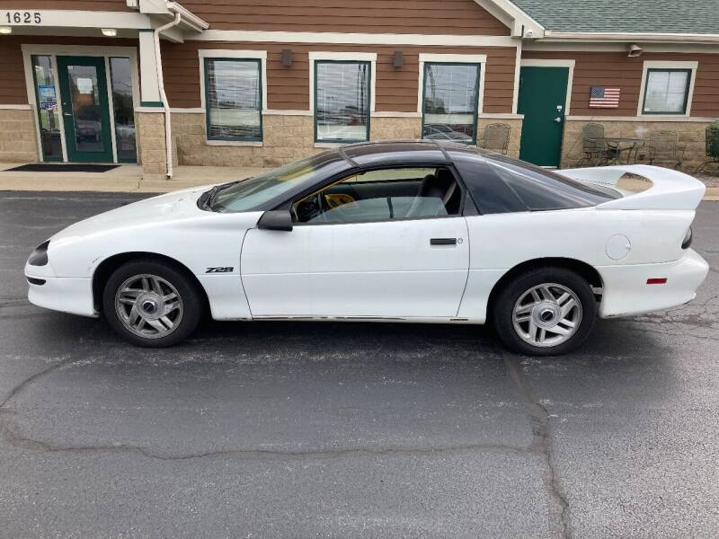 1994 Chevrolet Camaro for sale at Auto Outlets USA in Rockford IL