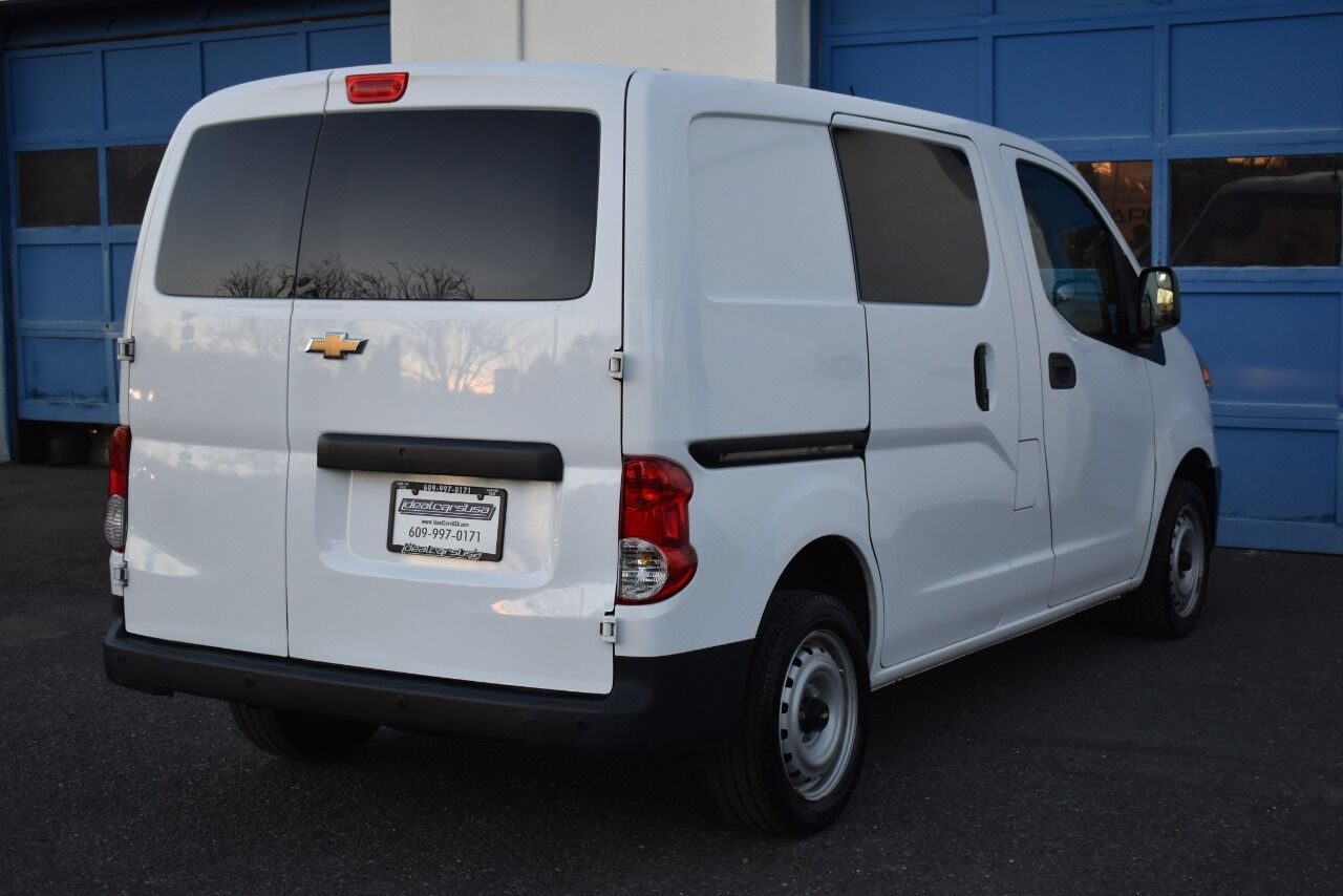2017 Chevrolet City Express Cargo LT 4dr Cargo Mini Van full