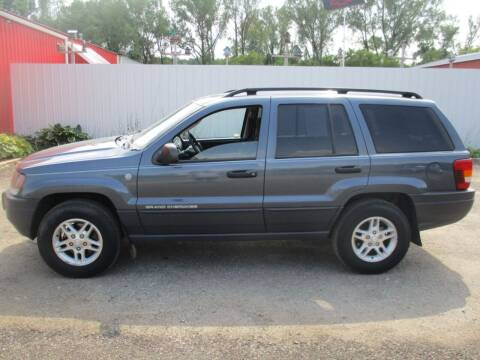 2004 Jeep Grand Cherokee for sale at Chaddock Auto Sales in Rochester MN