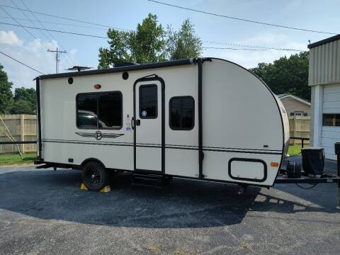 2015 Palomino Camper for sale at CARS PLUS in Fayetteville TN