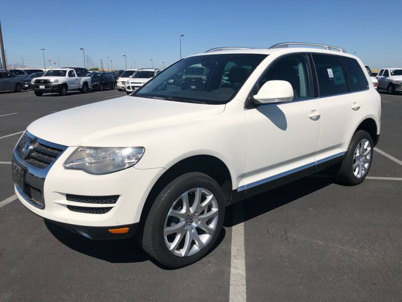 2009 Volkswagen Touareg 2 for sale at EKE Motorsports Inc. in El Cerrito CA