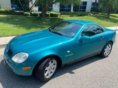 1998 Mercedes-Benz SLK for sale at Donada  Group Inc in Arleta CA