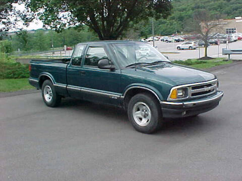1996 Chevrolet S-10 for sale at North Hills Auto Mall in Pittsburgh PA