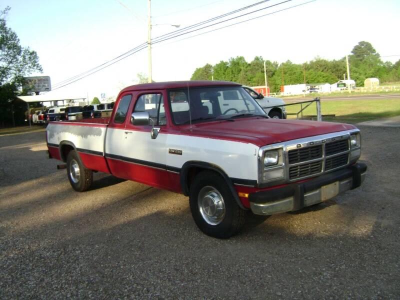1992 Dodge RAM 250 for sale at Tom Boyd Motors in Texarkana TX